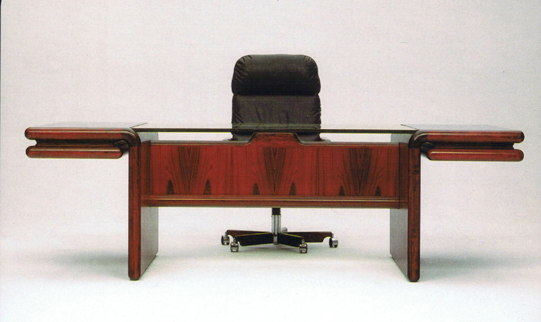 dyrlund-supreme-desk_8431g_8430_rosewood